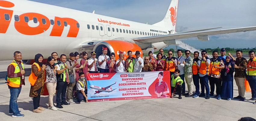 Lion Air Terbang Perdana ke Banyuwangi