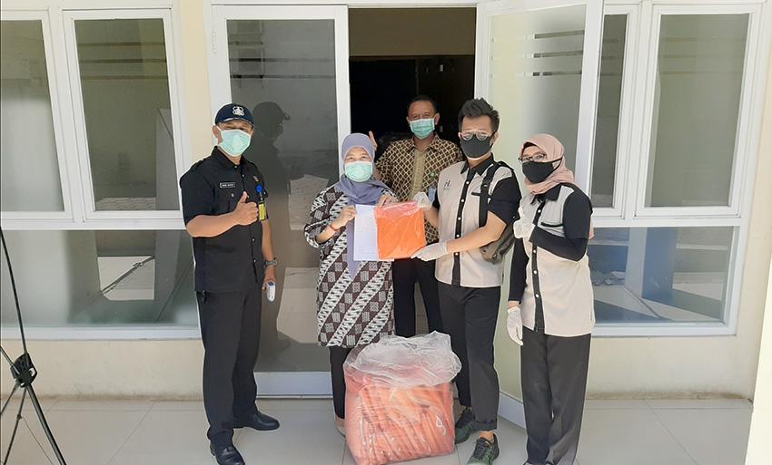 éL Hotel Royale Bandung Donasikan APD Untuk Tenaga Medis