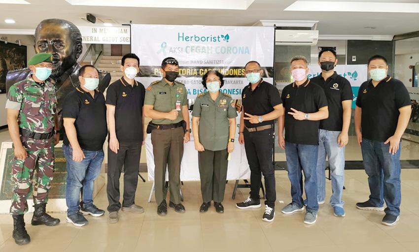 RSPAD Gatot Subroto Jakarta Terima 500 Jerigen Herborist Hand Sanitizer