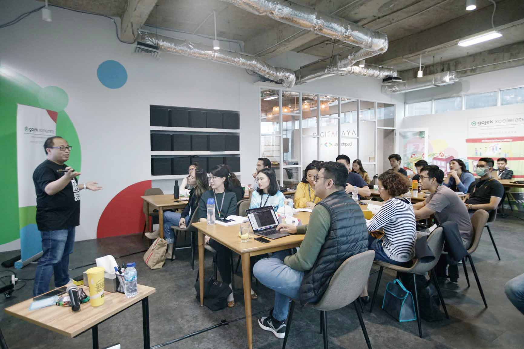 Gojek Xcelerate Latih 11 Startup dengan Model Bisnis Direct-to-Consumer