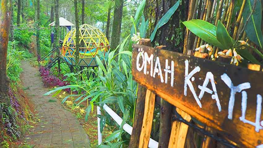 Omah Kayu, Spot Asyik Menikmati Landscape Kota Batu