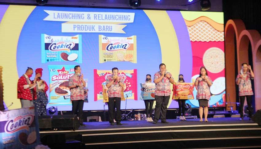 Biskuit OT Group Rayakan Seperempat Abad Menemani Keluarga Indonesia