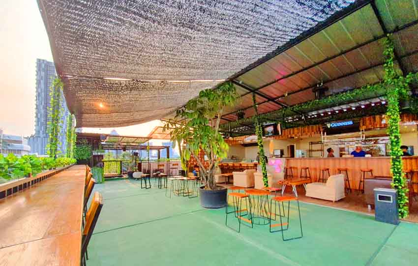 Cozy Sky & Lounge, Tempat Hang-out Asyik di Kawasan Tebet