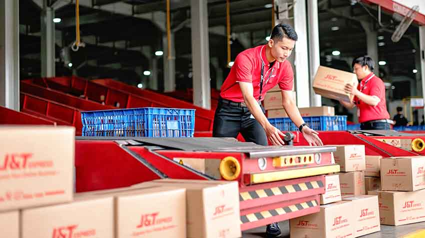Layani Pengiriman Selama Ramadhan, J&T Express Kirim 5 Juta Paket Per Hari