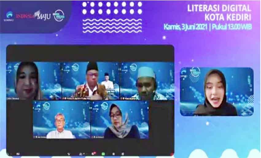 Webinar Literasi Digital Sambangi Kediri