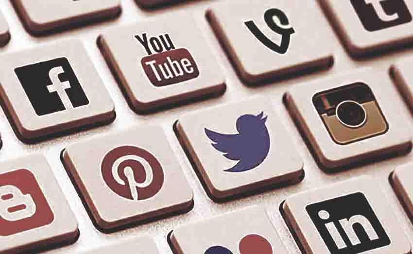Budaya Berkomentar Negatif Masih Tinggi, Masyarakat Perlu Literasi Digital